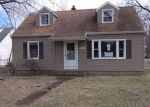 Foreclosed Home en LAKE AVE, Rochester, NY - 14612