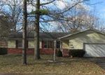 Foreclosed Home en S SIEGER DR, Springfield, MO - 65804