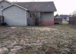 Foreclosed Home en AMBASSADOR DR, Salina, KS - 67401