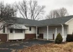 Foreclosed Home en N GREENMONT RD, Peoria, IL - 61614