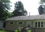 Foreclosed Home en OAKLAWN AVE, Fostoria, OH - 44830