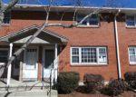 Foreclosed Home en E MAIN ST, Clinton, CT - 06413