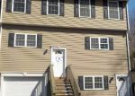 Foreclosed Home en BEACON VALLEY RD, Naugatuck, CT - 06770
