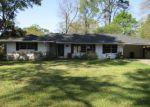 Ejecuciones Hipotecarias en Baton Rouge, LA, 70815, Identificación: F4121739