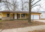 Foreclosed Home en S WESTWOOD AVE, Springfield, MO - 65807