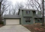 Foreclosed Home en S CRAIG AVE, Springfield, MO - 65802