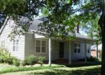 Foreclosed Home en CUMMINS AVE, Tunica, MS - 38676