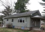 Foreclosed Home en NEWPORT AVE, Uhrichsville, OH - 44683