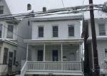 Foreclosed Home en W BERWICK ST, Easton, PA - 18042