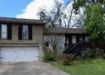 Foreclosed Home en BRIARCREEK ST, Clute, TX - 77531