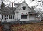 Foreclosed Home en N HARRISON ST, Girard, IL - 62640