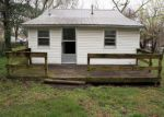 Foreclosed Home en N OAK ST, Monett, MO - 65708
