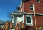 Foreclosed Home en AVENUE A, Freehold, NJ - 07728