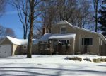 Foreclosed Home en CHERRY TREE LN, Sparta, NJ - 07871