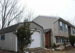 Foreclosed Home en HUMMEL LN, Hummelstown, PA - 17036