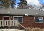 Foreclosed Home en N JOSLYN DR, Pittsburgh, PA - 15235