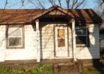 Foreclosed Home en S CENTRAL AVE, Wood River, IL - 62095
