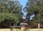 Foreclosed Home en N MOTLEY DR, Overton, TX - 75684