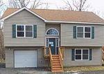 Foreclosed Home en RABBIT RUN CIR, Milford, PA - 18337