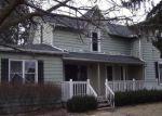 Foreclosed Home en PINE ST, Imlay City, MI - 48444