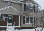 Foreclosed Home en W WOODWARD HEIGHTS BLVD, Hazel Park, MI - 48030