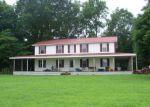 Foreclosed Home en CANE CREEK RD, Hohenwald, TN - 38462