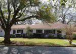 Foreclosed Home en W OAK ST, El Dorado, AR - 71730