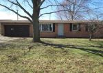 Foreclosed Home en BUTTERNUT CT, Bristol, IN - 46507