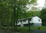 Foreclosed Home en WEYANTS LN, Newburgh, NY - 12550