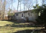 Foreclosed Home en DENDRON RD, Wakefield, RI - 02879