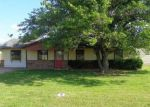 Foreclosed Home en COUNTY ROAD 2125, Gainesville, TX - 76240