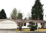 Foreclosed Home en N LAVENTURE RD, Mount Vernon, WA - 98273