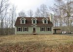 Foreclosed Home en WYNDING WAY, Bushkill, PA - 18324