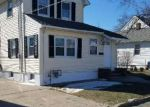 Foreclosed Home en MATHIASEN PL, Matawan, NJ - 07747
