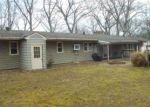 Foreclosed Home en YANSICK DR, Riverside, NJ - 08075