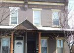 Foreclosed Home en N 9TH ST, Camden, NJ - 08102