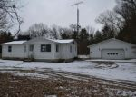 Foreclosed Home en E SUMMIT AVE, Fruitport, MI - 49415