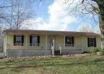 Foreclosed Home en SMITH HILL DR, Morgantown, KY - 42261