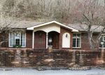 Foreclosed Home en PRESTON EST, Paintsville, KY - 41240