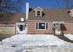 Foreclosed Home en WILLIAMS AVE, Winsted, CT - 06098