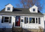 Foreclosed Home en MELROSE AVE, Waterbury, CT - 06705