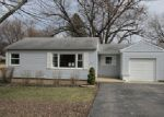 Foreclosed Home en KNOLL AVE, Mchenry, IL - 60050