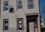 Foreclosed Home en YATES ST, Albany, NY - 12208