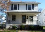 Foreclosed Home en W CIRCLE DR, Dayton, OH - 45403