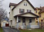 Foreclosed Home en HENRITZE AVE, Cleveland, OH - 44109