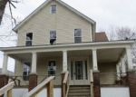 Foreclosed Home en GILBERT ST, Carbondale, PA - 18407
