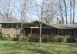 Foreclosed Home en AUDUBON WOODS RD, Clarksville, TN - 37043
