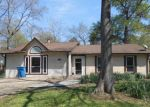 Foreclosed Home en SHADY GLEN DR, Montgomery, TX - 77316