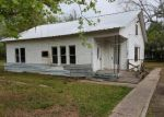 Foreclosed Home en COUNTY ROAD 2419, Hull, TX - 77564