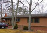 Foreclosed Home en OAK LN, Tuckerton, NJ - 08087